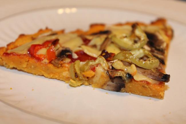 πίτσα με ζύμη γλυκοπατάτας - plantbased.gr